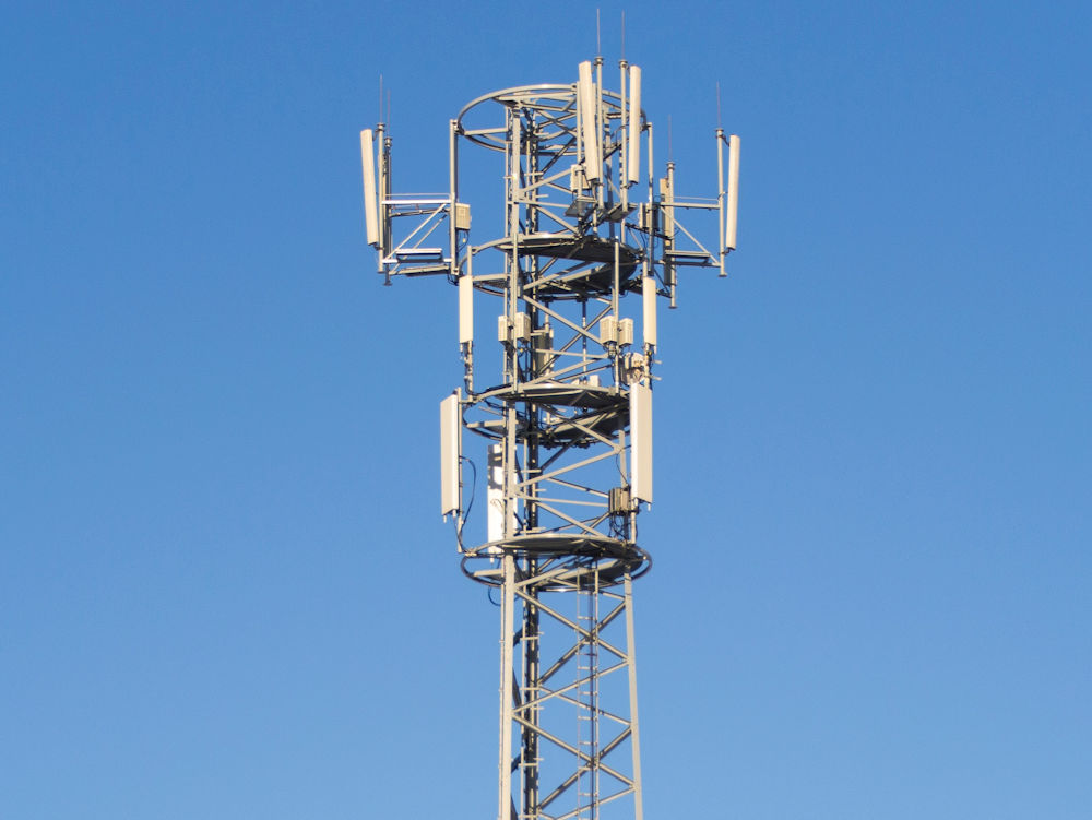 UK Mobile Coverage: Check & Compare Across Networks